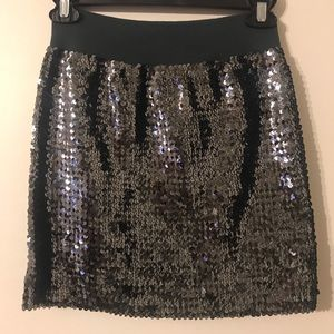 Dresses & Skirts - Grey sequin mini skirt